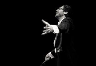 Daniel Cohen, conductor // HarrisonParrott London, 28 November 2013 Elizabeth Rita - grooming & styling